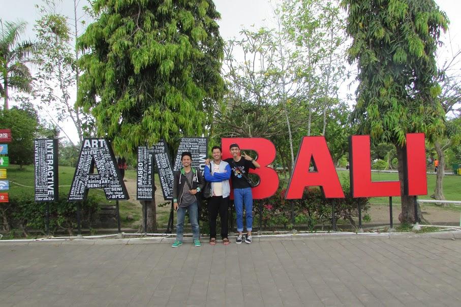 Foto Kami Saat Jalan-Jalan di I AM Bali