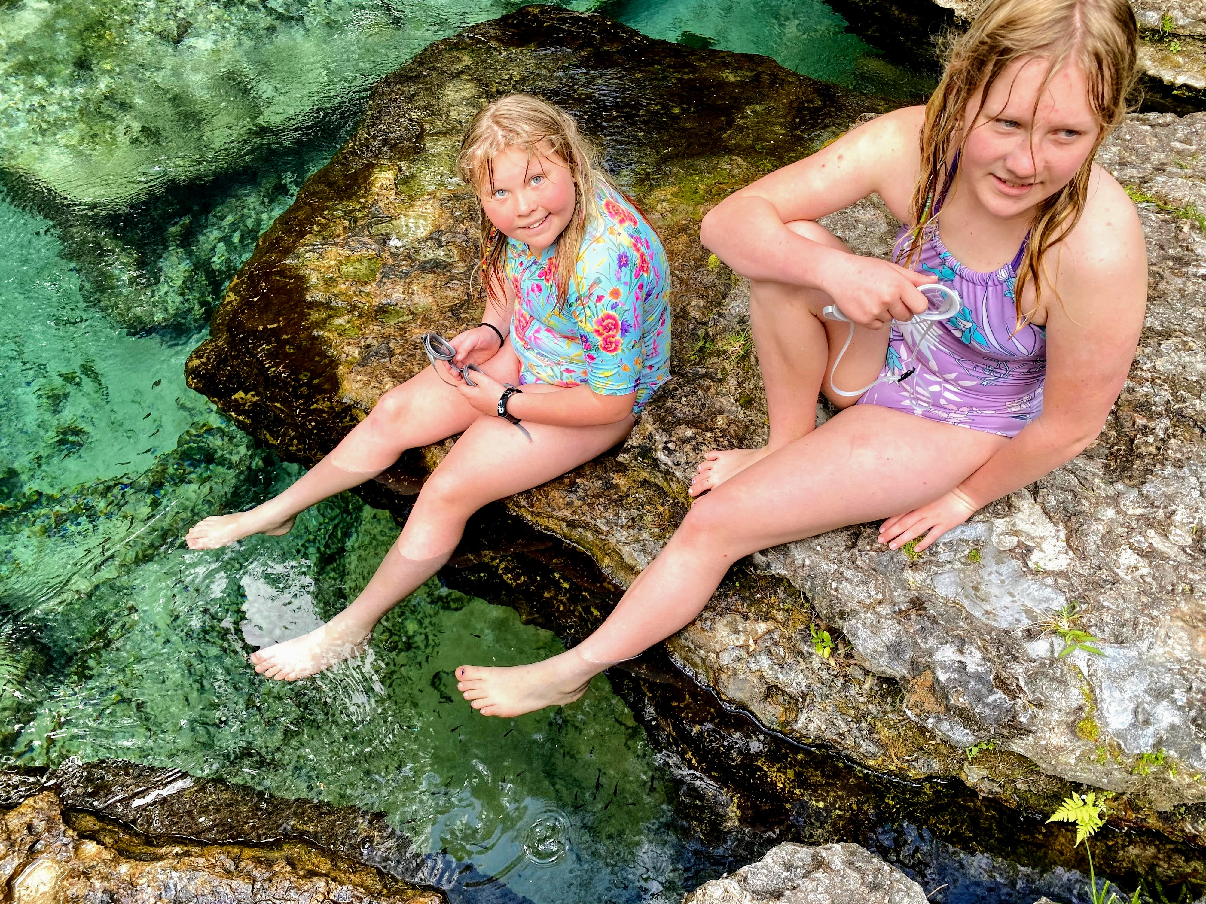 girls at Kelly Springs