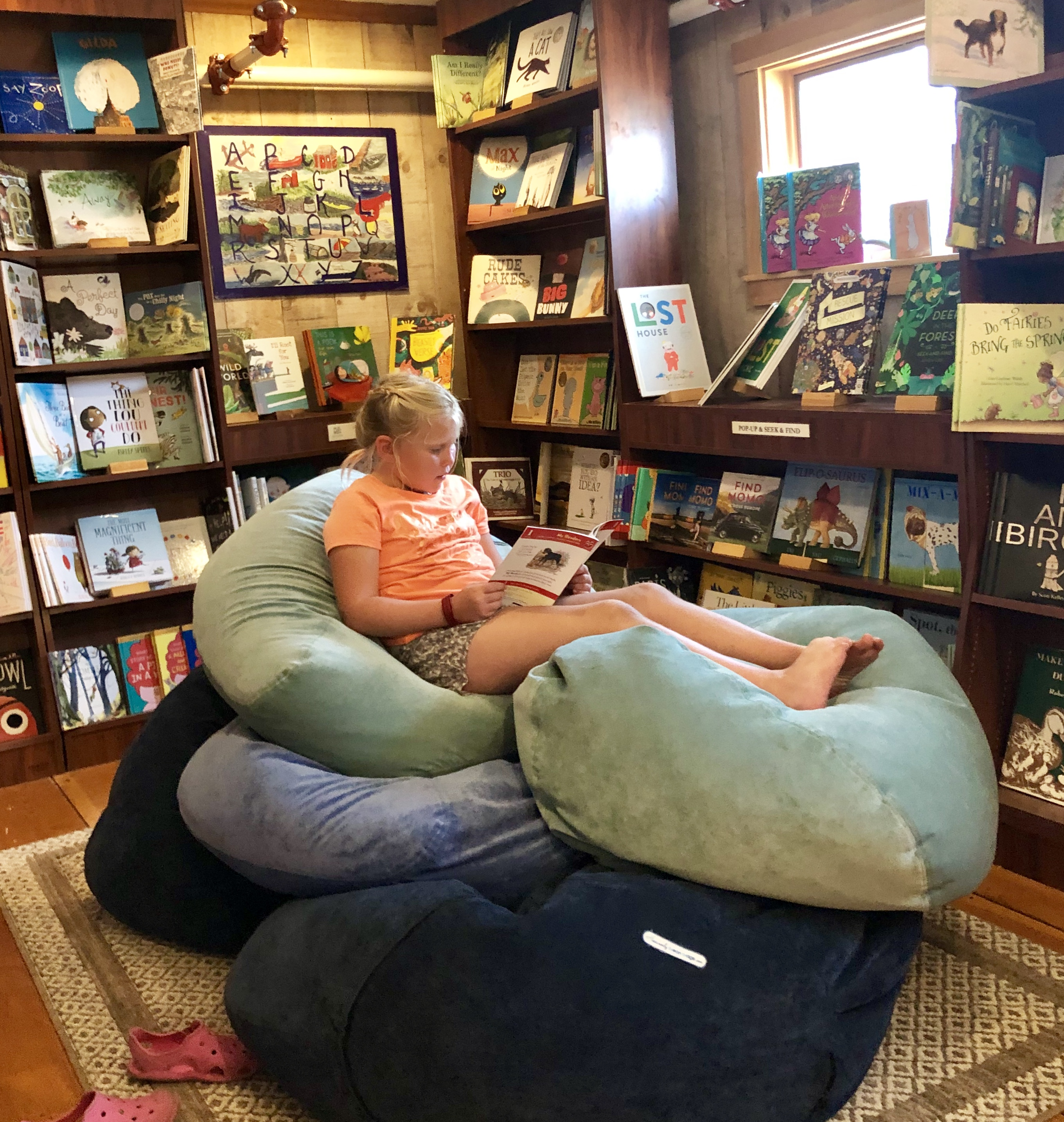 Lorelei at Owl and Turtle
