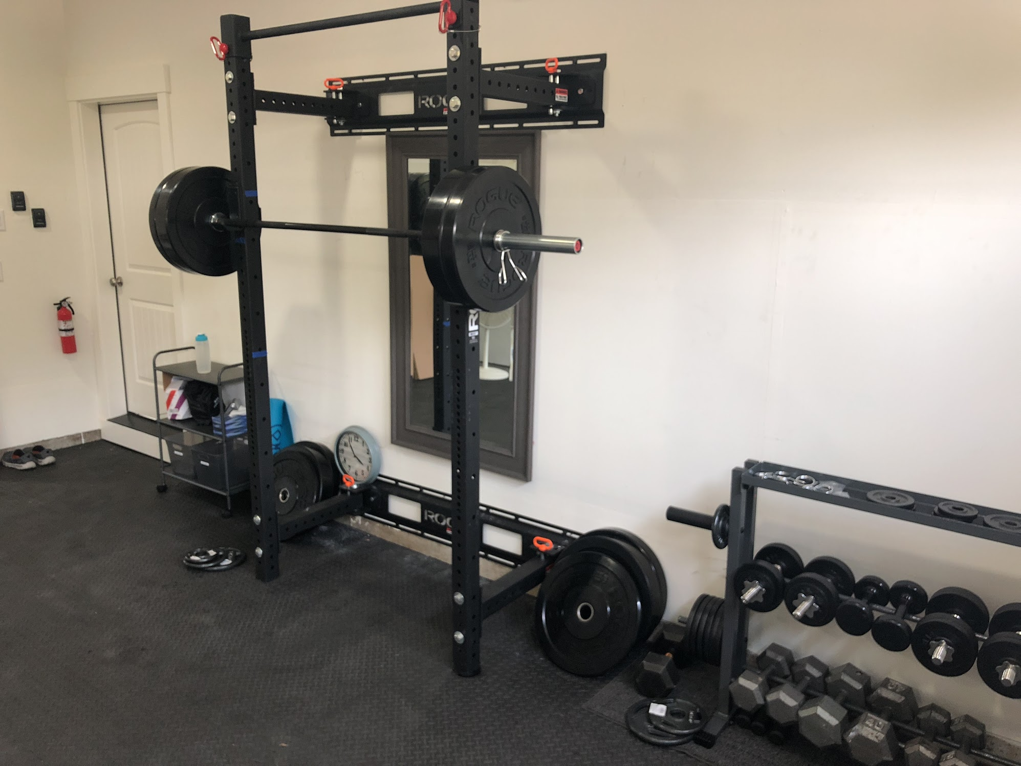 Tips for building a garage gym in a garage