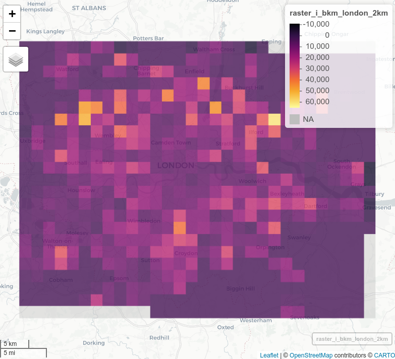 Estimates of the geographic distribution of commuter cycling risk measured in KSI/bkm at 500 m and 4 km grid cell resolutions (top) and all commuter cycling injuries at 500 m and 2 km resolution (bottom), 2010-2019.
