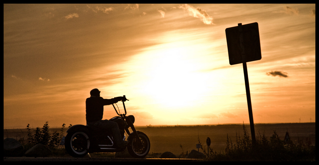 Ride into the sunset by Jérôme Molnar - CC BY-ND 2.0