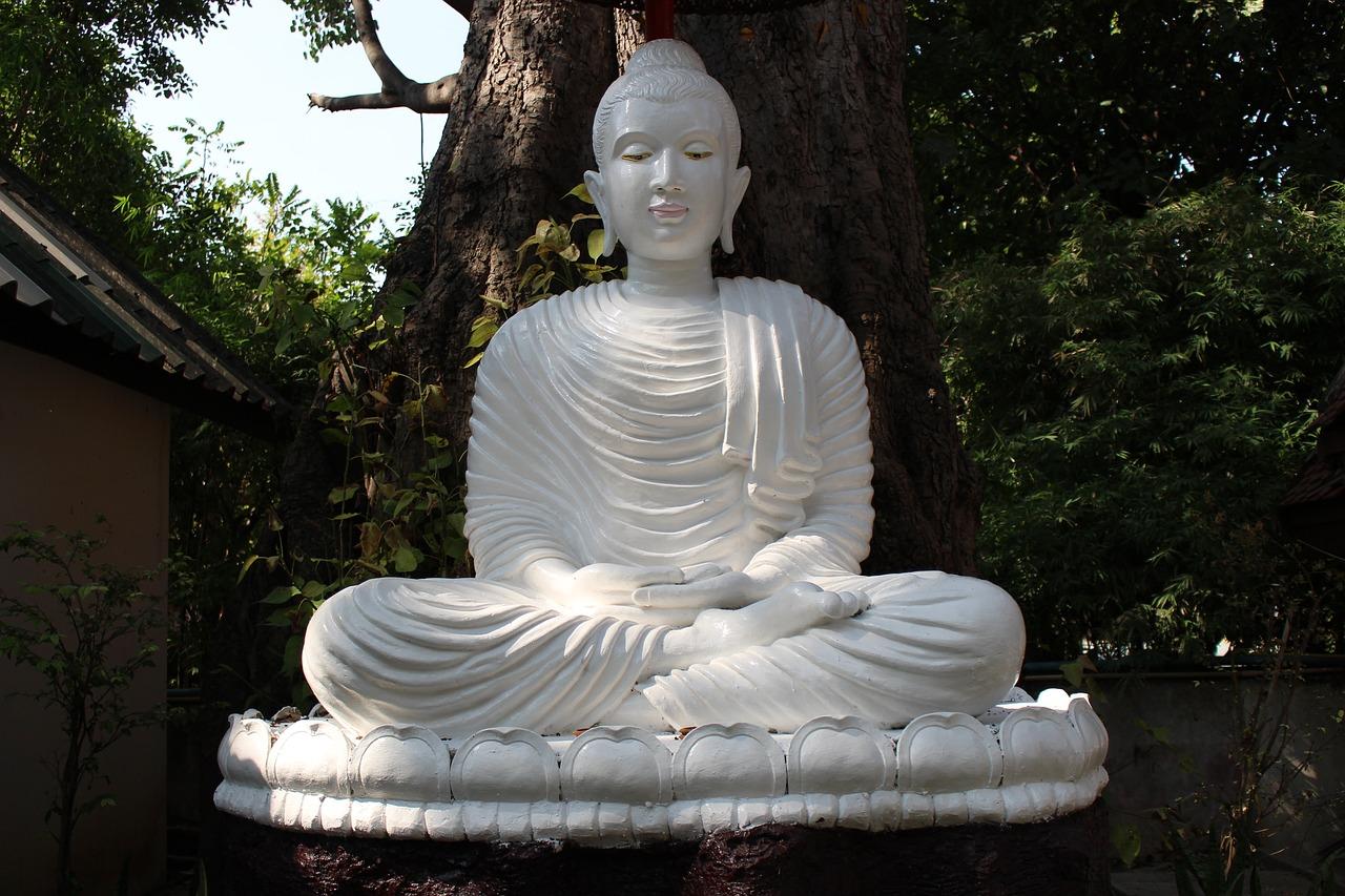 meditation-buddha-statue