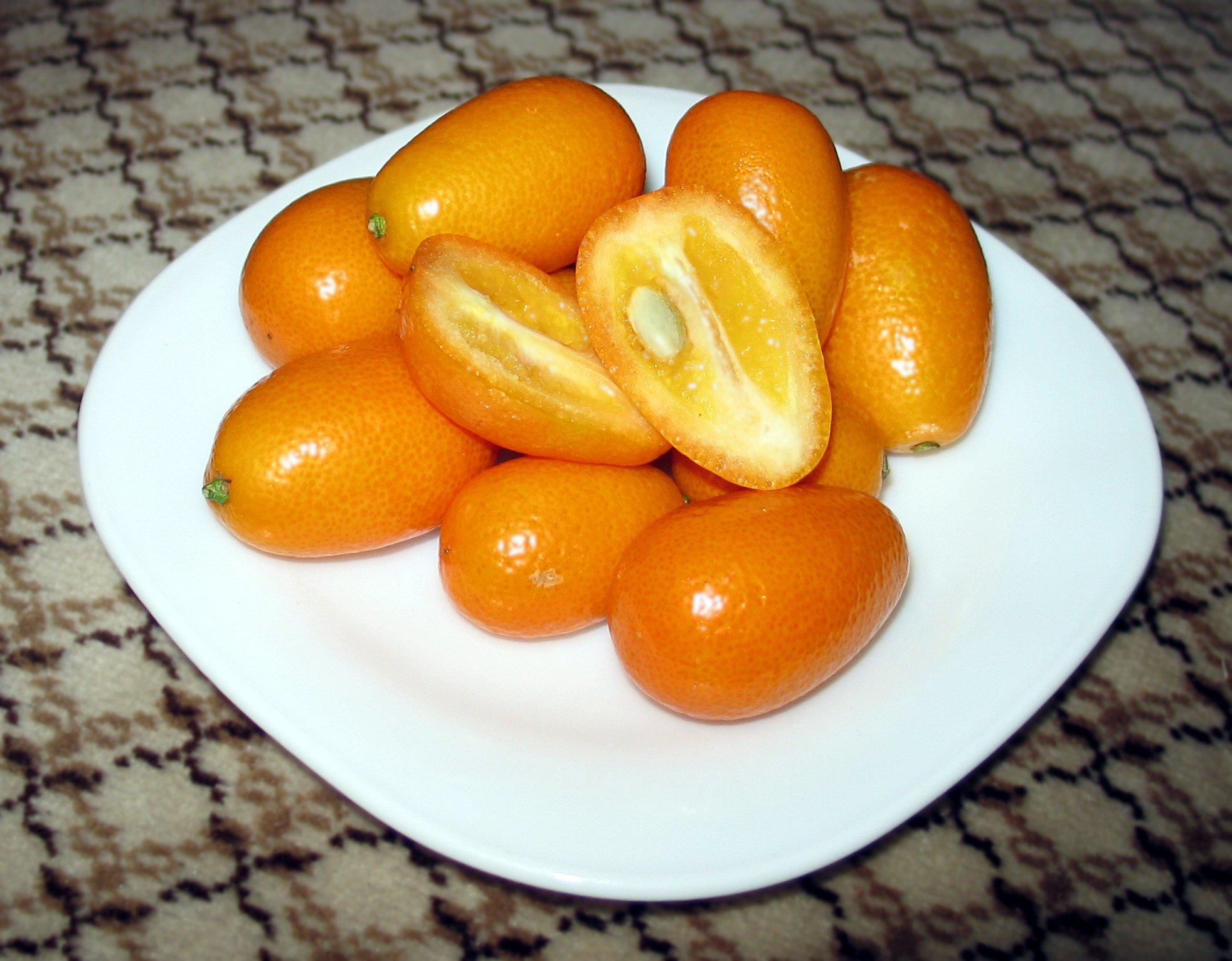 nagami-kumquat-inside
