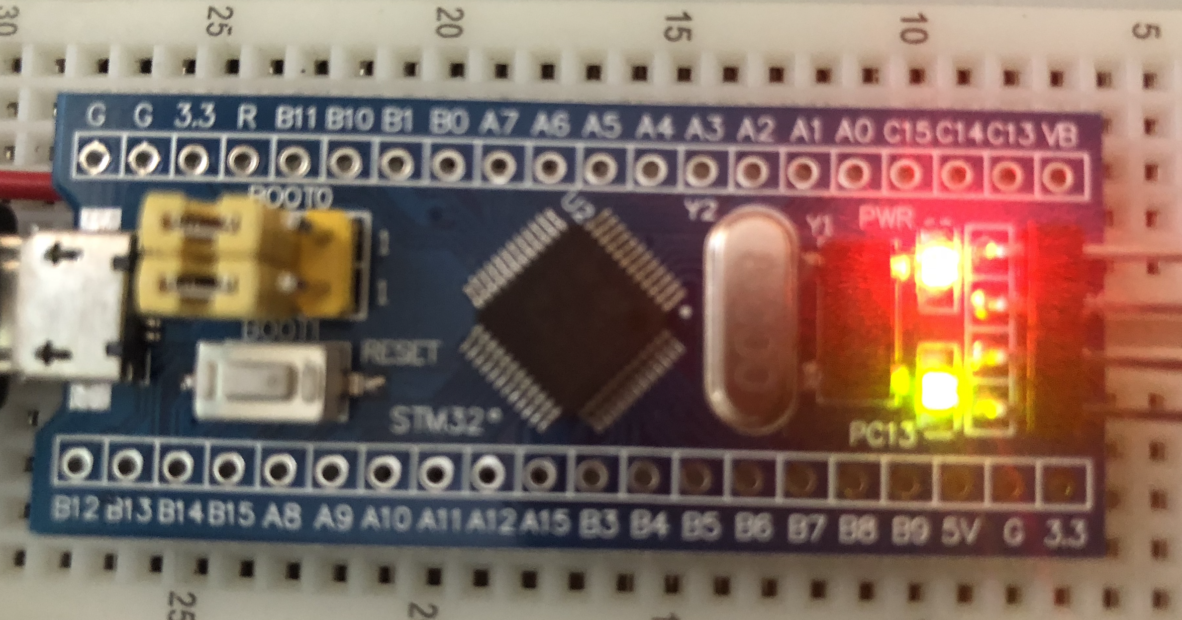 STM32 Blue Pill ARM development board first look: from Arduino to
