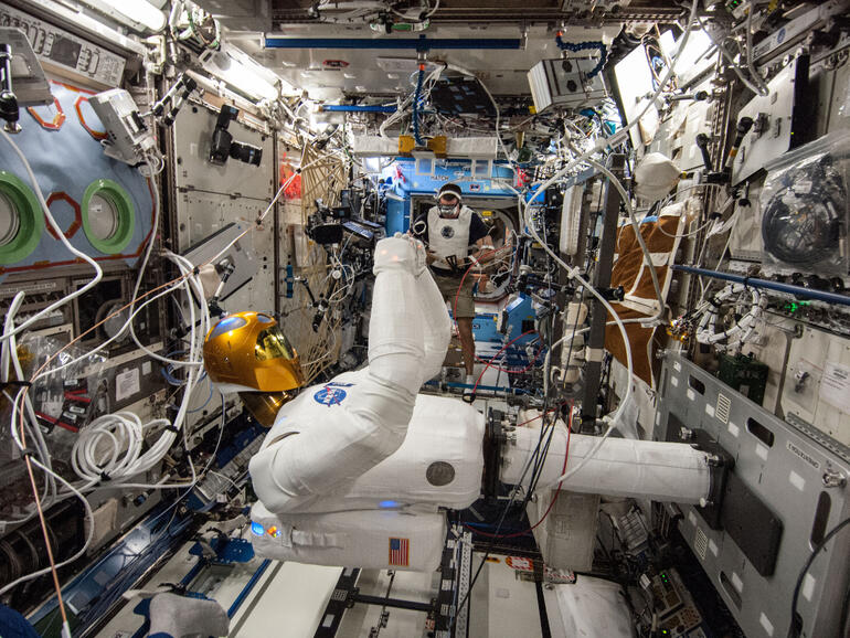 ros-Robonaut2-ISS-770x578