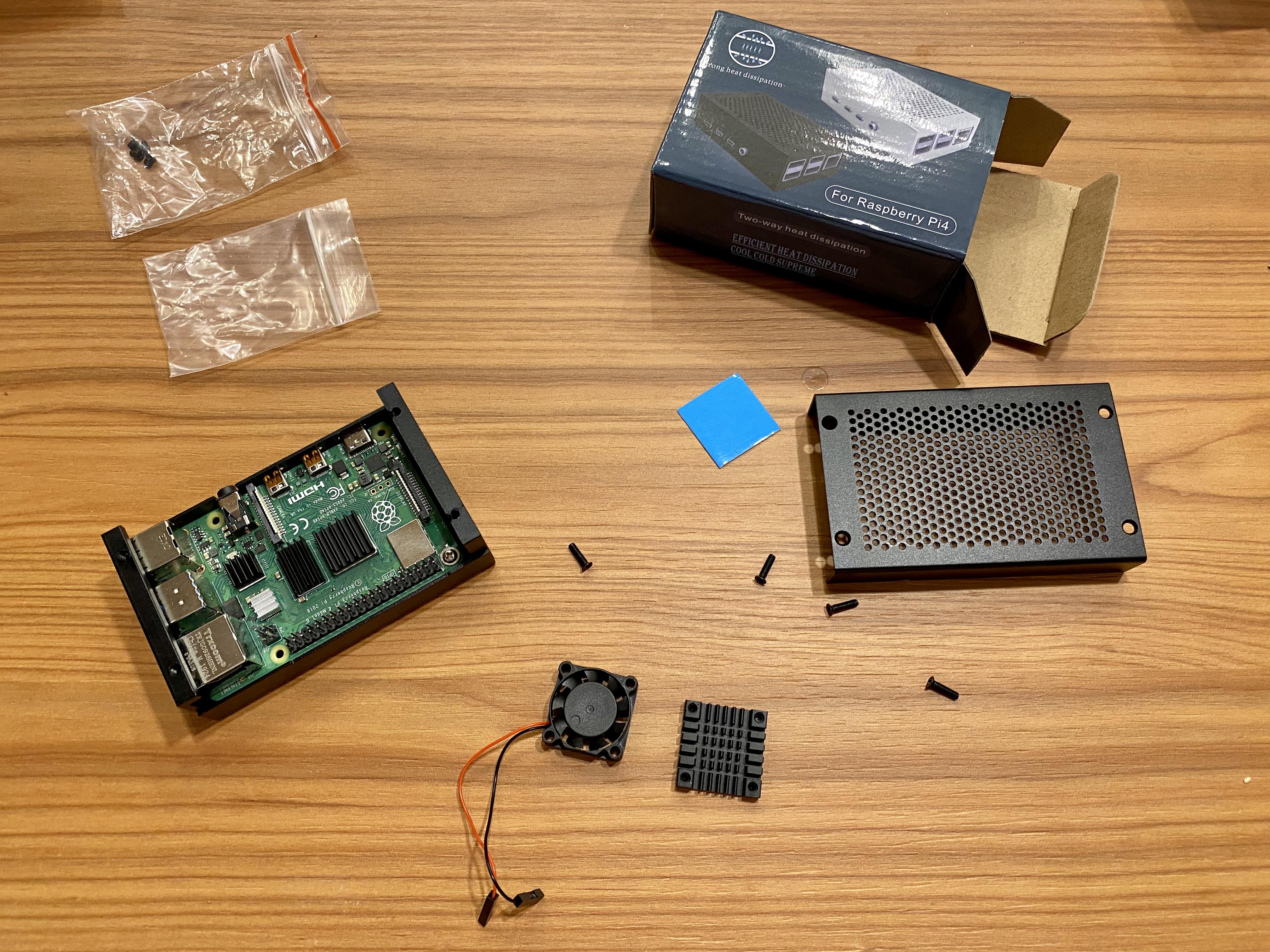 An aluminum case for my Raspberry Pi