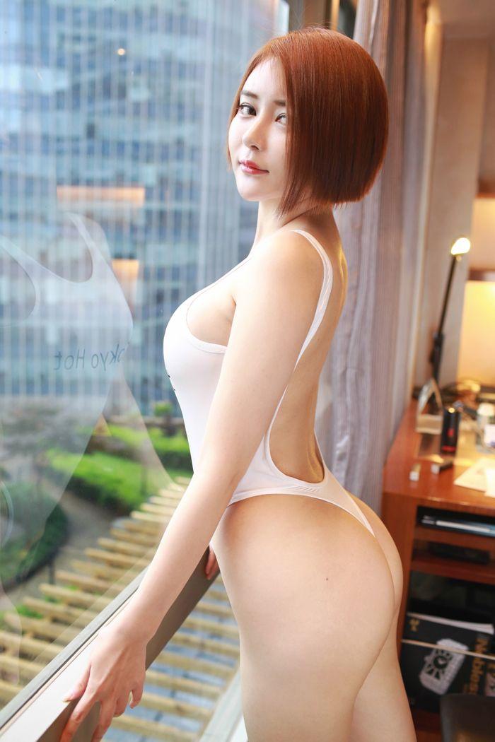 《【肉粽子】端午节短发美女凯竹纹身黑丝诱惑》