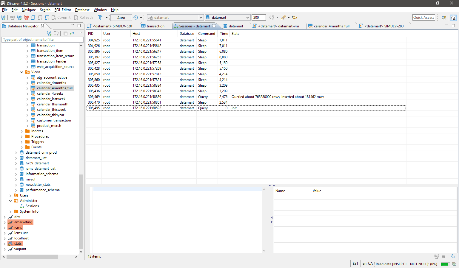 execute multiple query at the same time on the same database