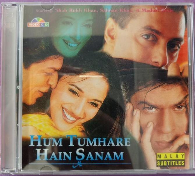 Sab Kuchh Bhula Diya song(Hum Tumhare Hain Sanam)