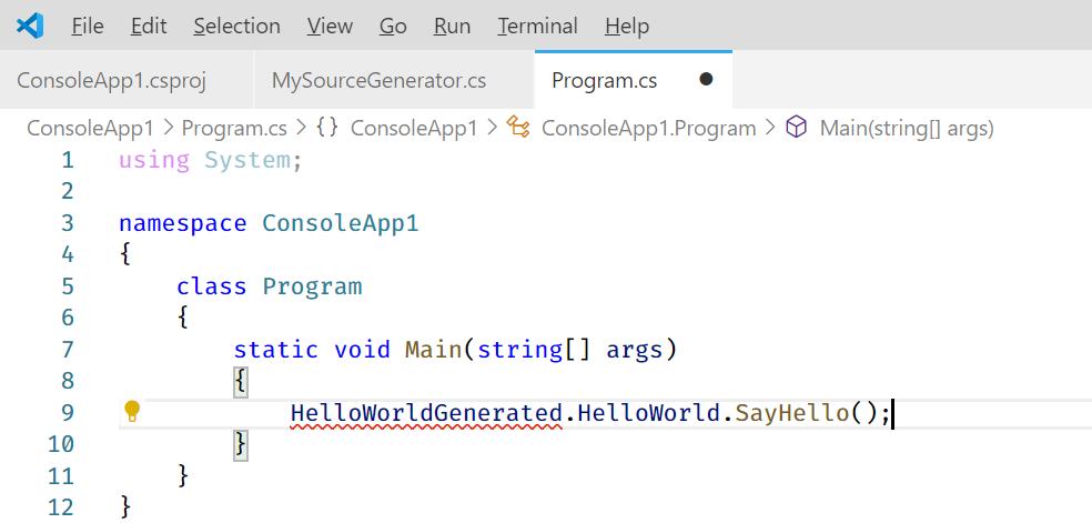 請注意:目前 Visual Studio Code 的 C# 語言伺服器尚未支援 Source Generators 語法,所以會出現以下錯誤訊息: